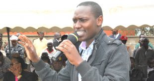 Keekonyokie MCA Moses Kusero addresses Rongai residents in a past event. Photo/Obegi Malack